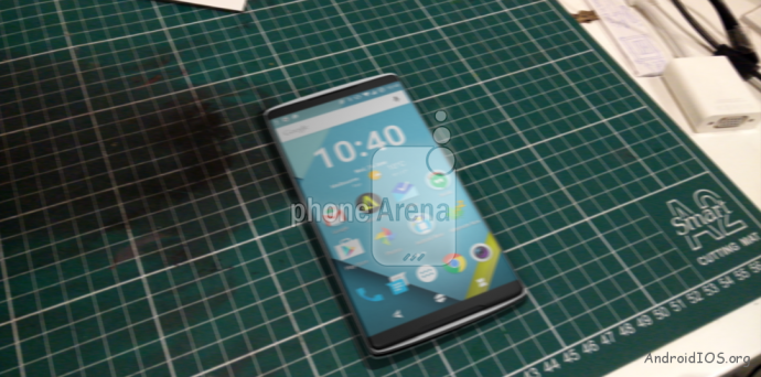 Images-allegedly-showing-the-new-OnePlus-2