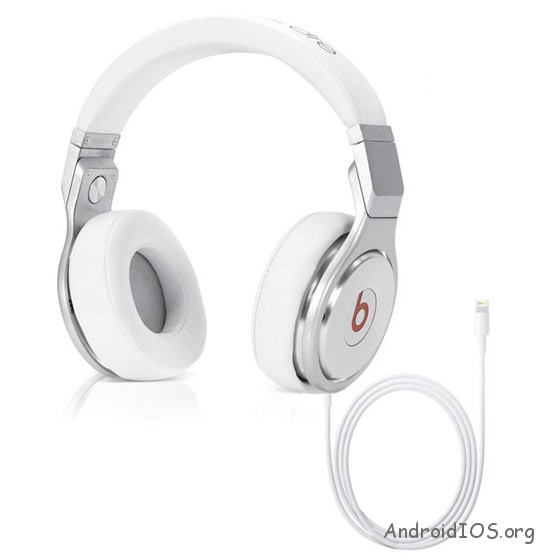 Iphone-headphone-jack-2