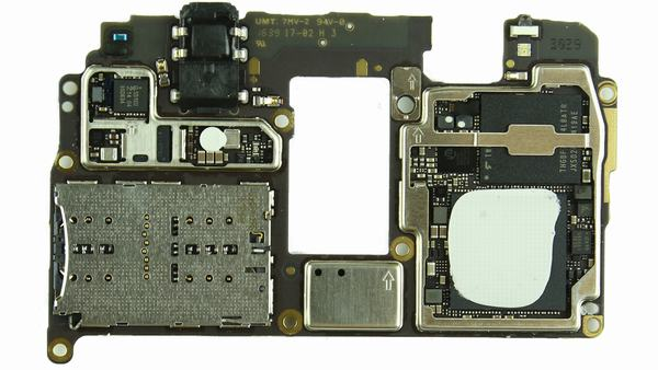 1479377773_huawei-mate-9-teardown-33