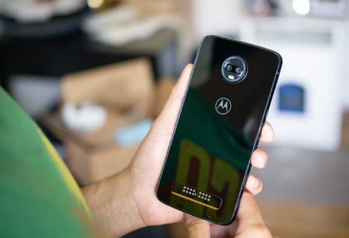 Что бренд смартфона может рассказать о владельце Motorola